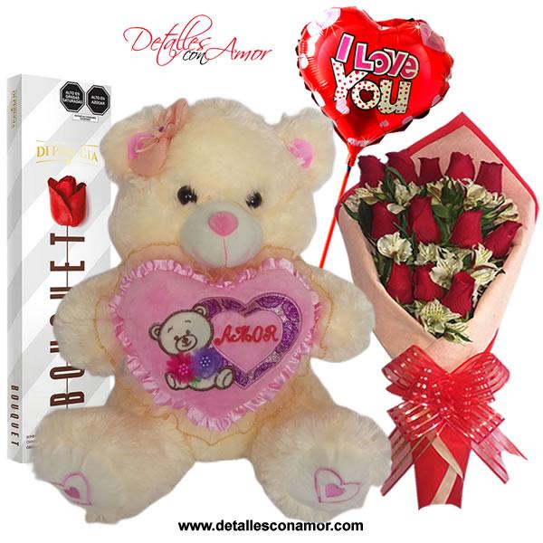 Detalles Con Amor Rosas Chocolates Y Regalos Para Enamorados Rosas Naturales Rosas Con Petalos De Madera Chocolates Peluches Y Regalos